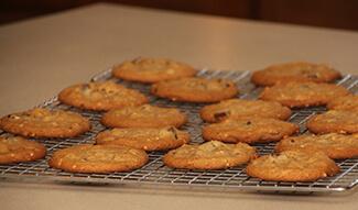Peanut Chocolate Chunk Cookies