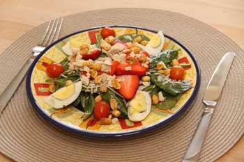 Peanut Spinach Salad