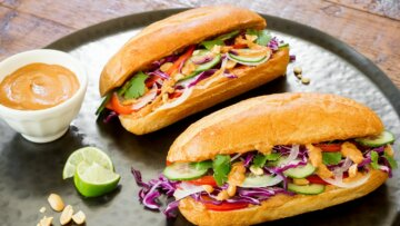 Veggie Sammies with Peanut Butter Satay Sauce
