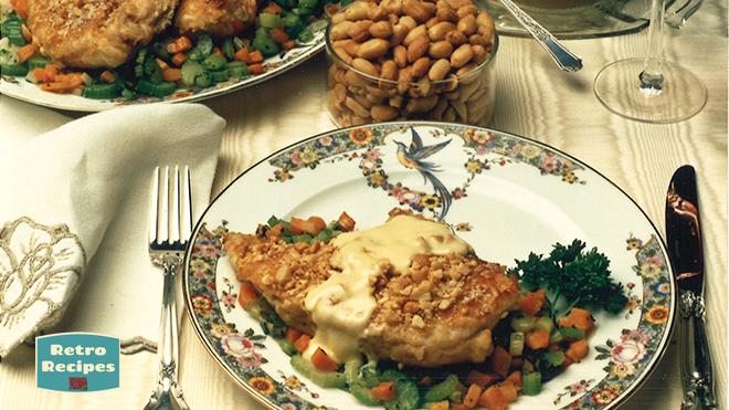 Braised Chicken with Peanuts
